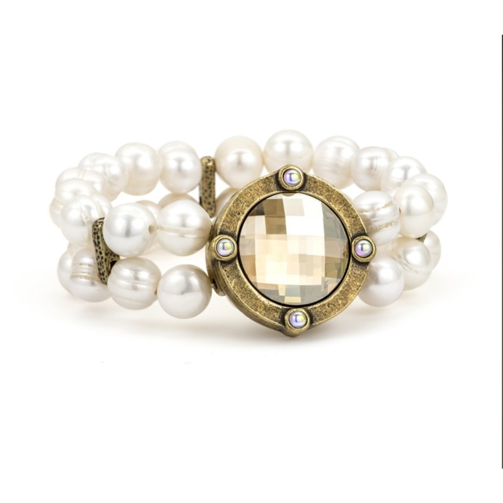 French Kande Double Strand Pearl Bracelet with Shadow Medaliion