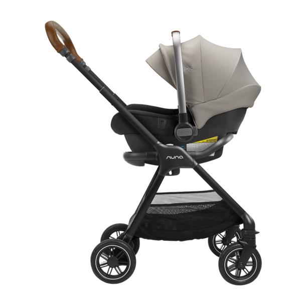 Nuna Nuna Triv compact stroller