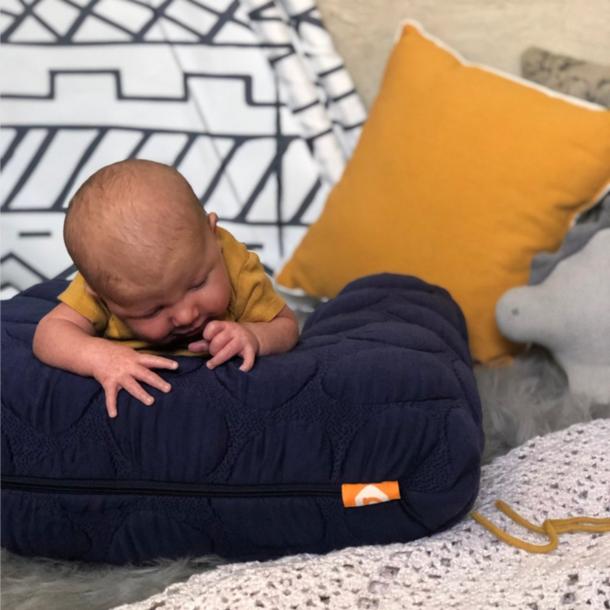 Nook Sleep Niche Baby/Feeding Pillow