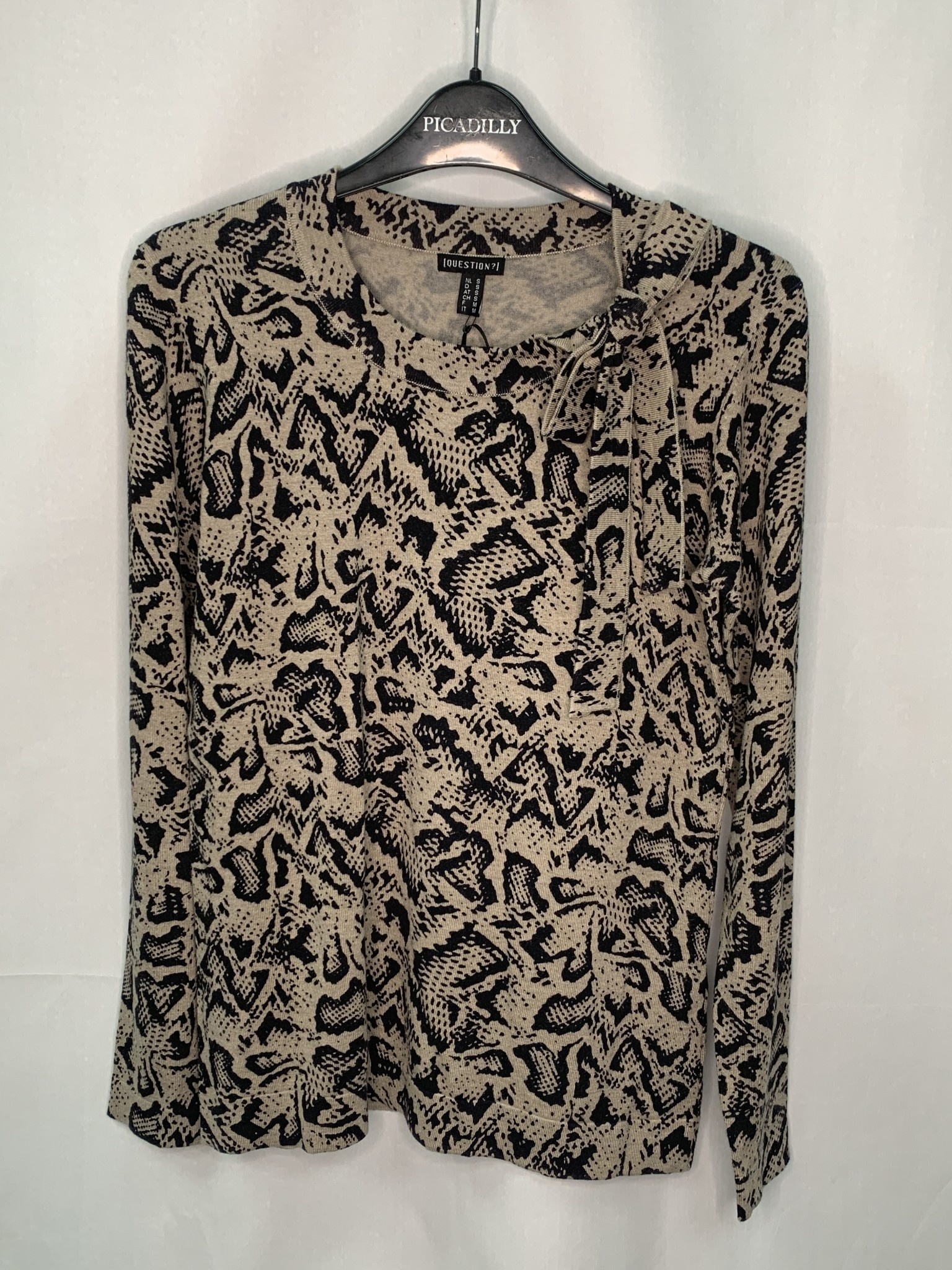 Samira Sweater