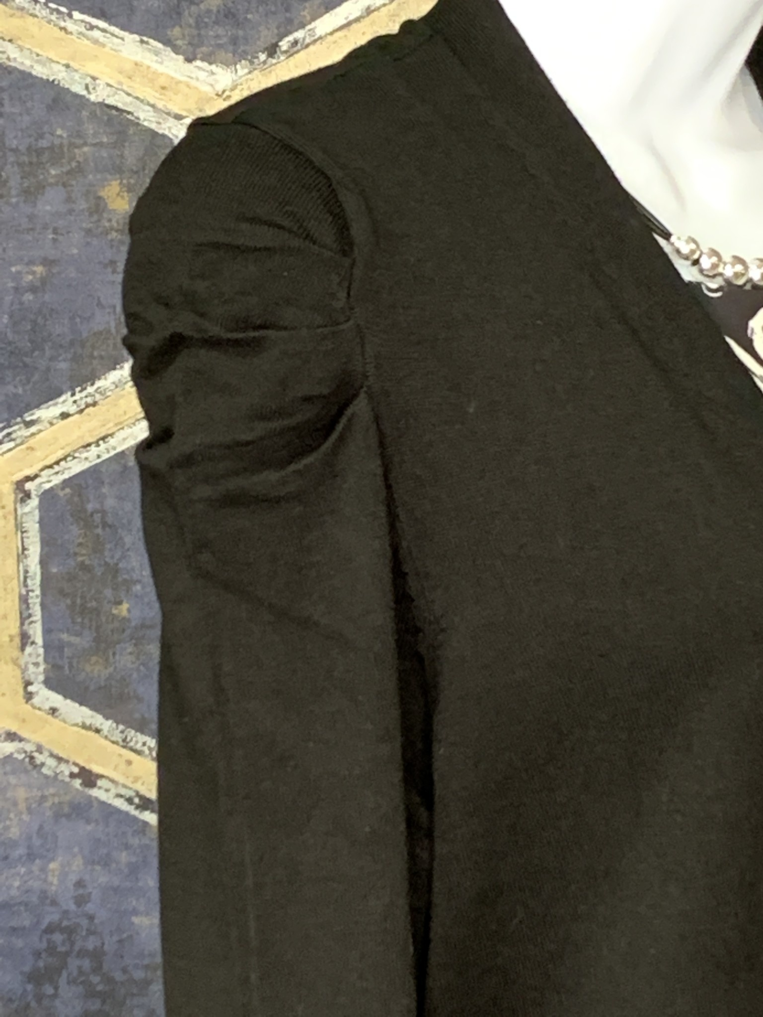 Long Cardi - Fancy Puff Shoulder - Black
