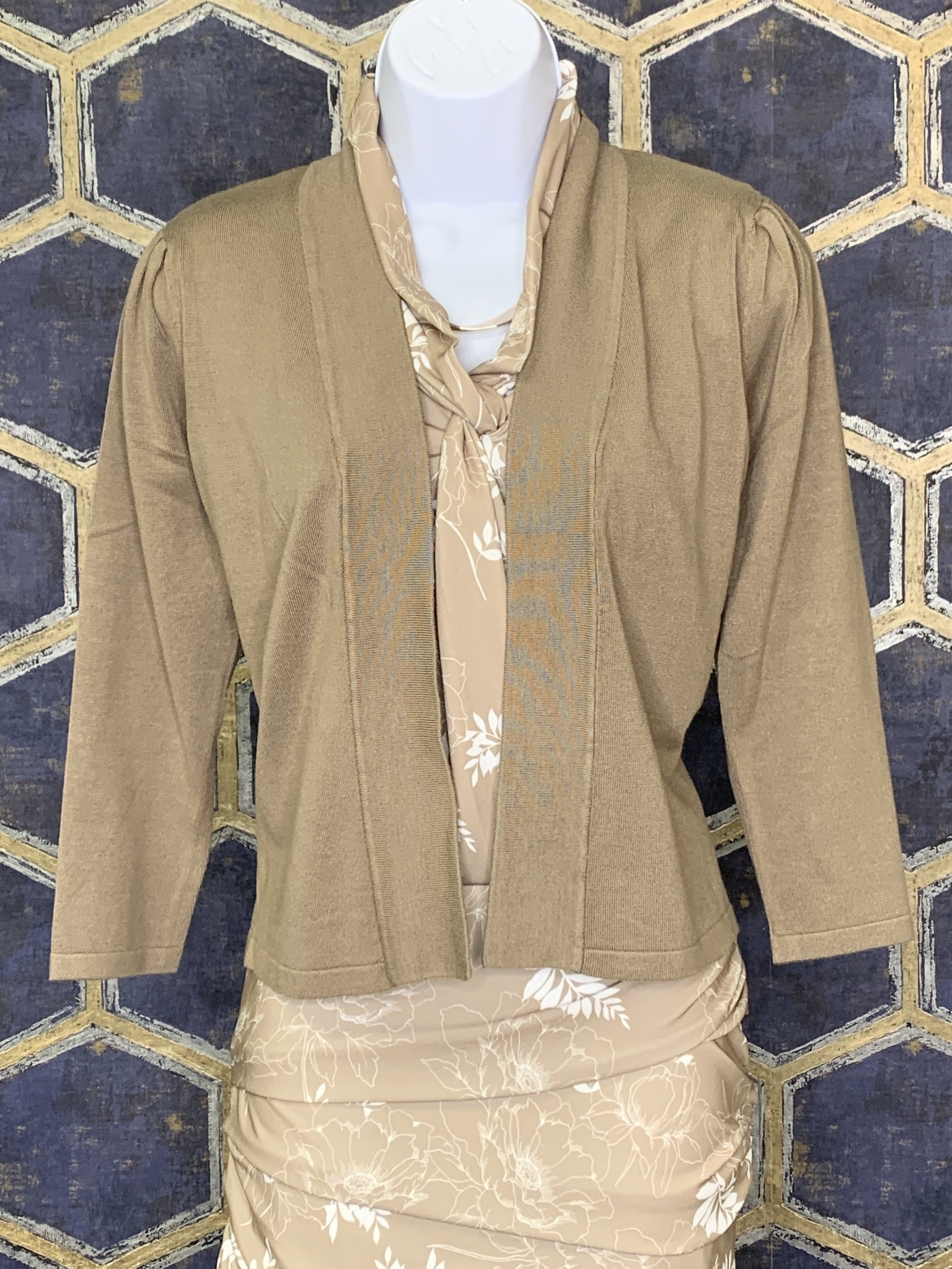 Knotted Shirt - Taupe Floral