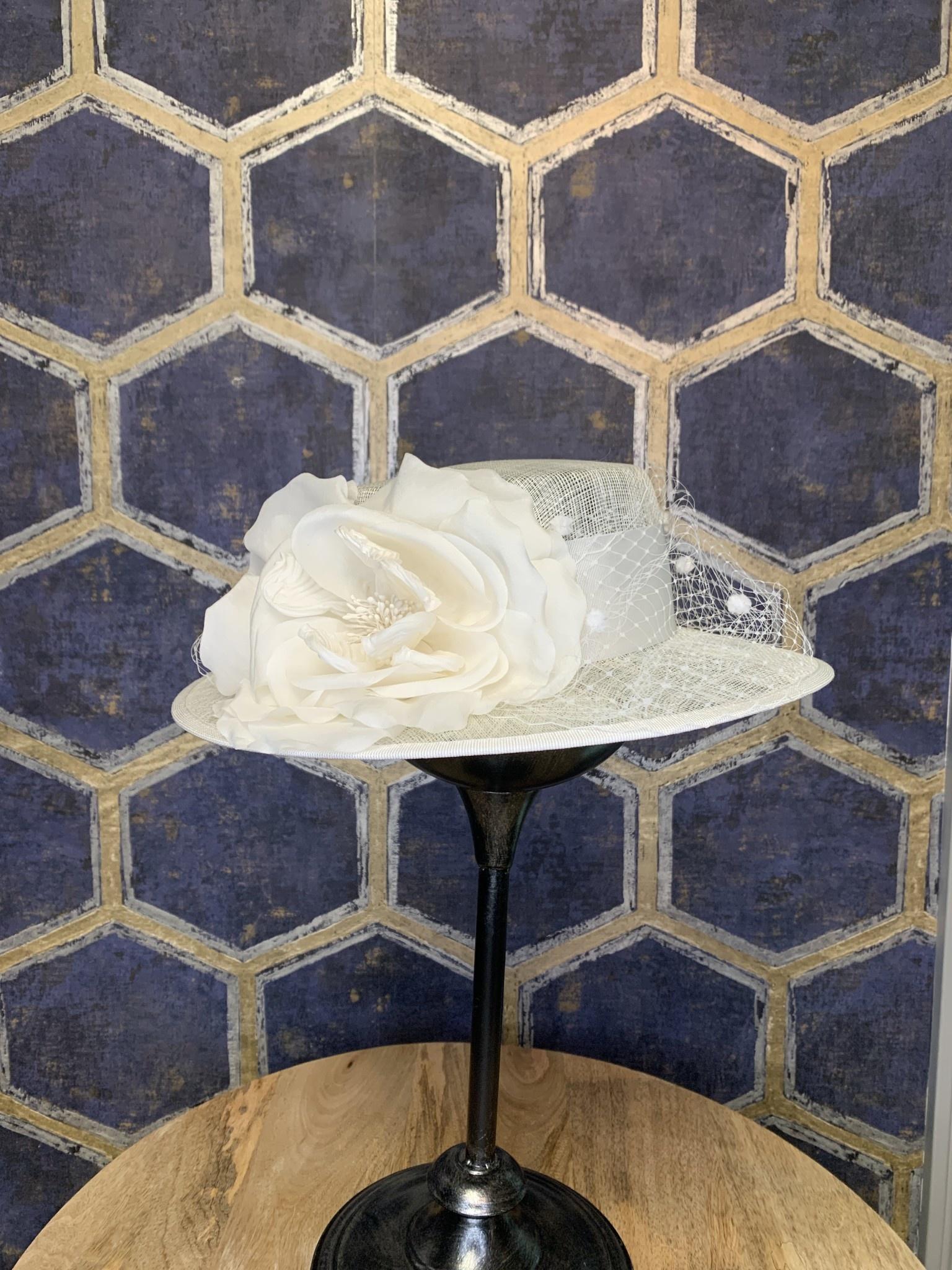 White Ladies Hat with Netting & Silk Flower