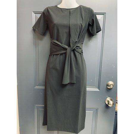 Travel Jersey Dress with Loop Tie Detail - Black