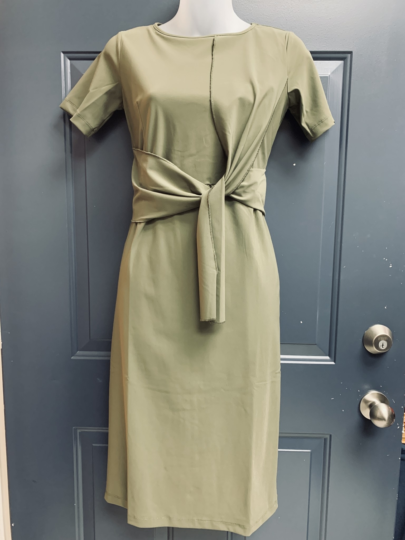 Travel Jersey Dress with Loop Tie Detail - Olive