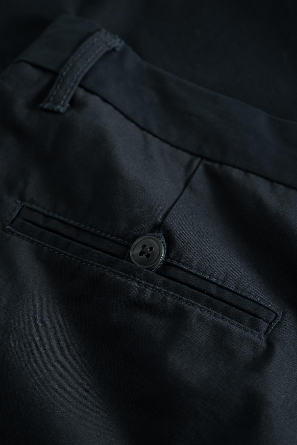 Pristu Navy Pants