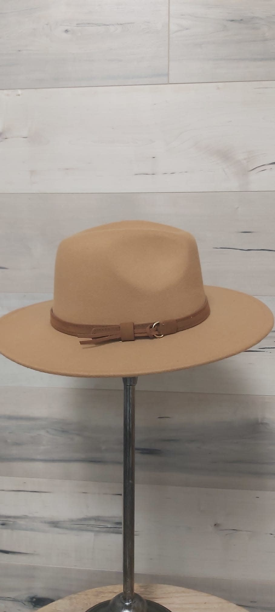 Light Camel Western Hat with Brown Bow