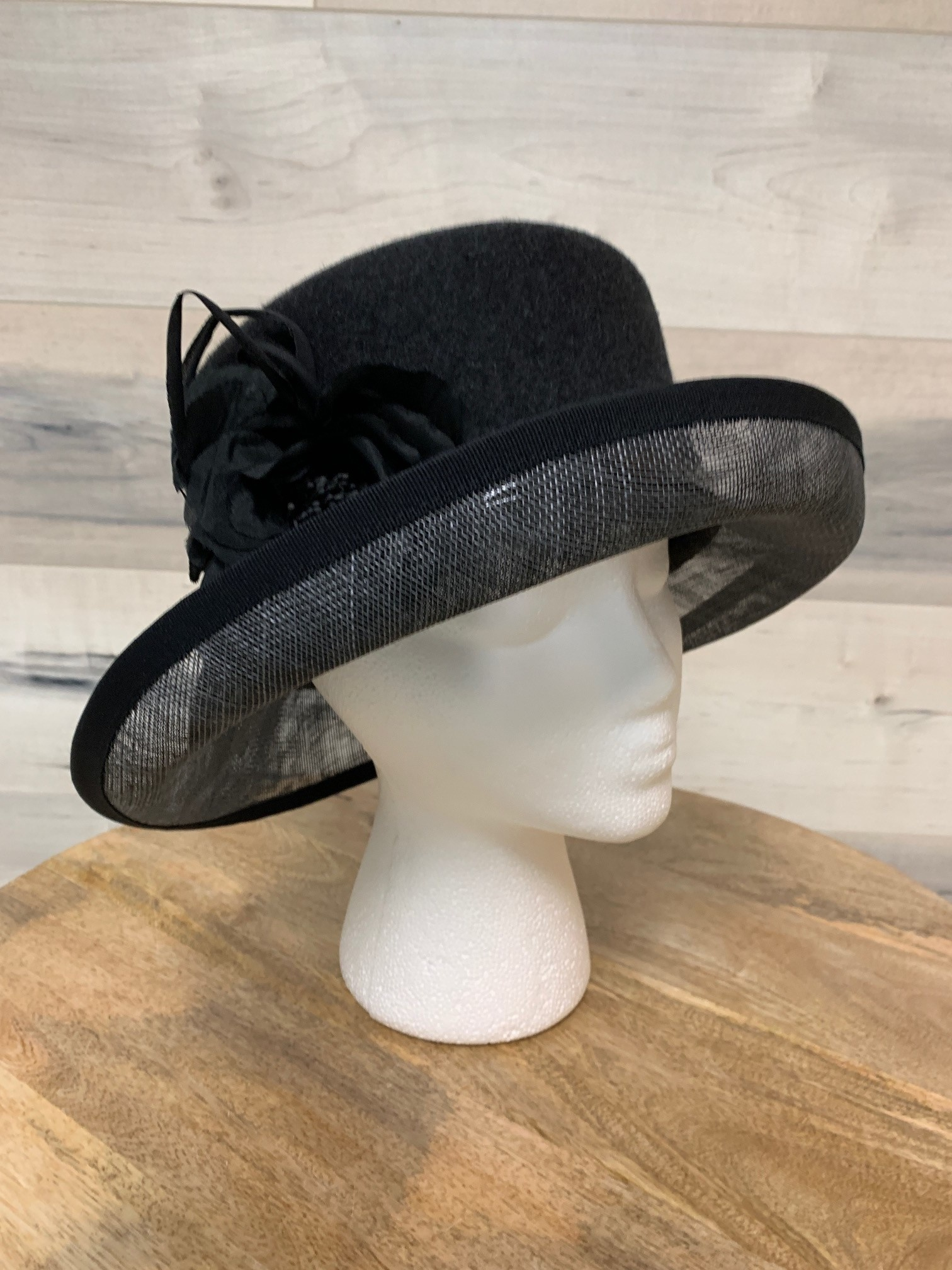Charcoal Hat with Straw Brim and Flower