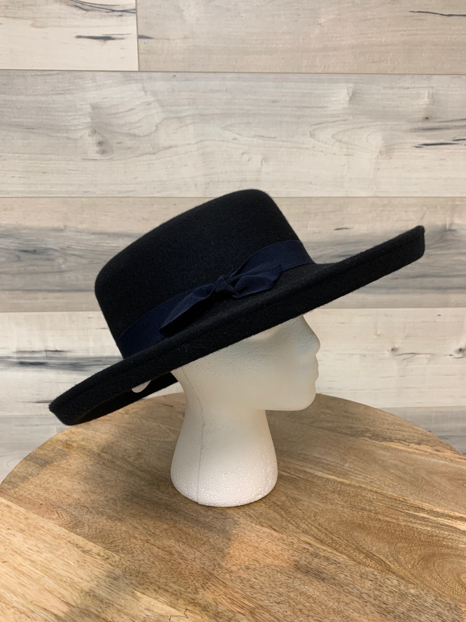 Large Deep Navy Hat with Simple Trim