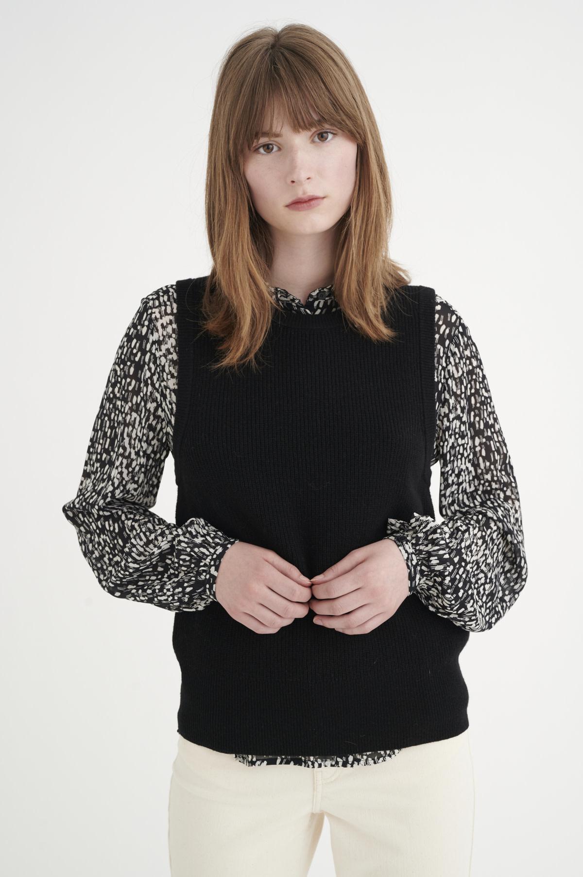 Silja Waistcoat - Black