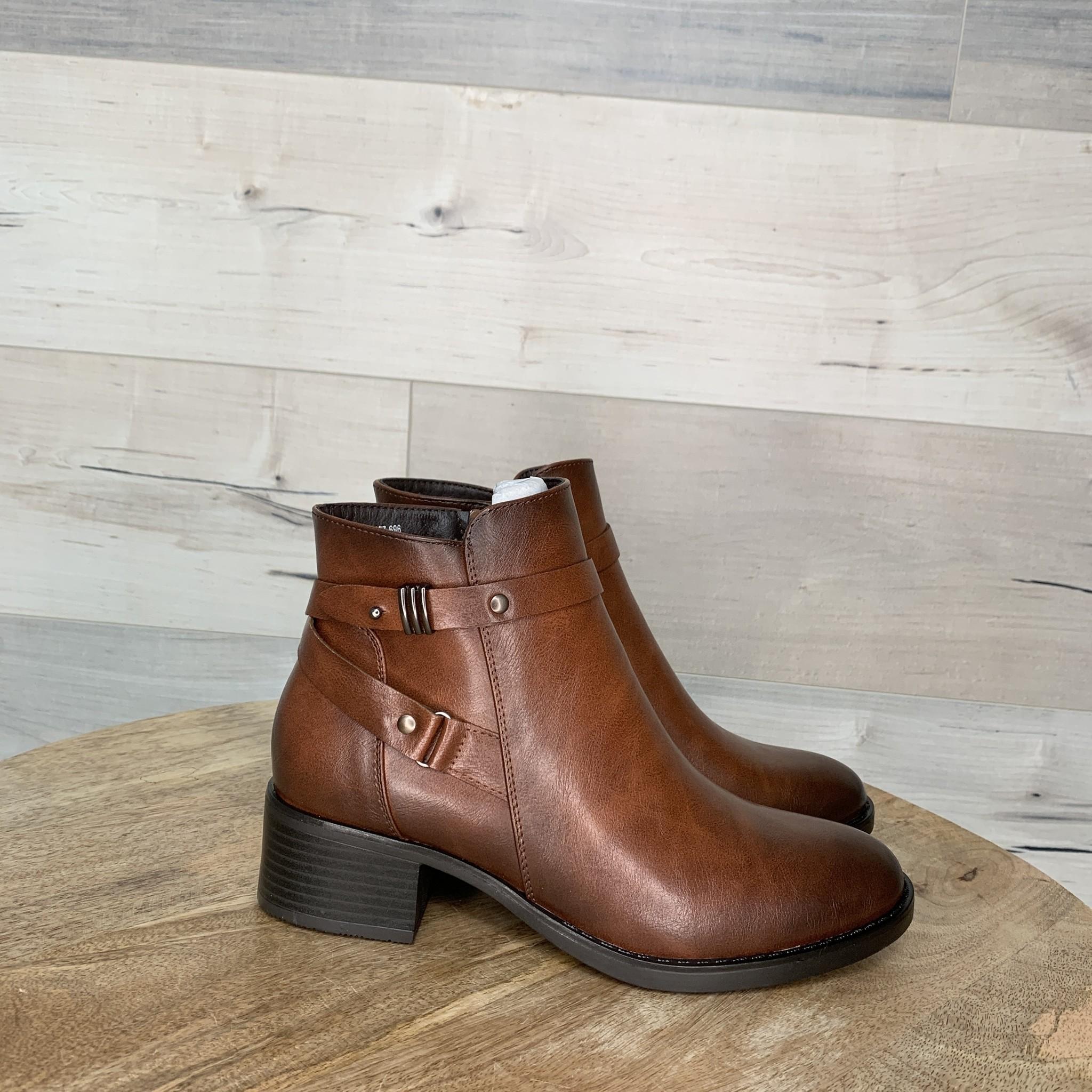 Benu Bootie - Brown