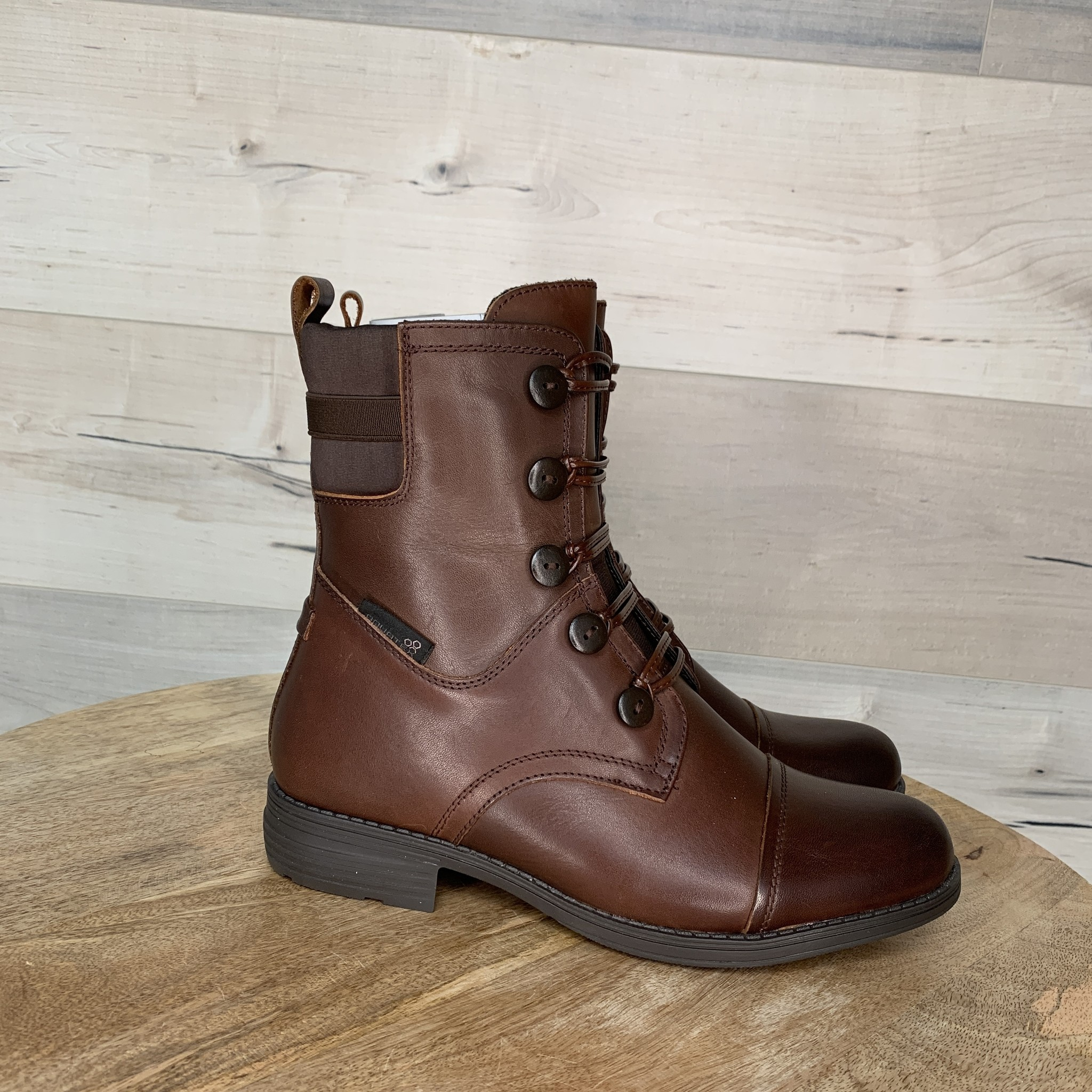 Meret Boot