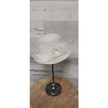 Ivory Hat with Straw Brim and Flower