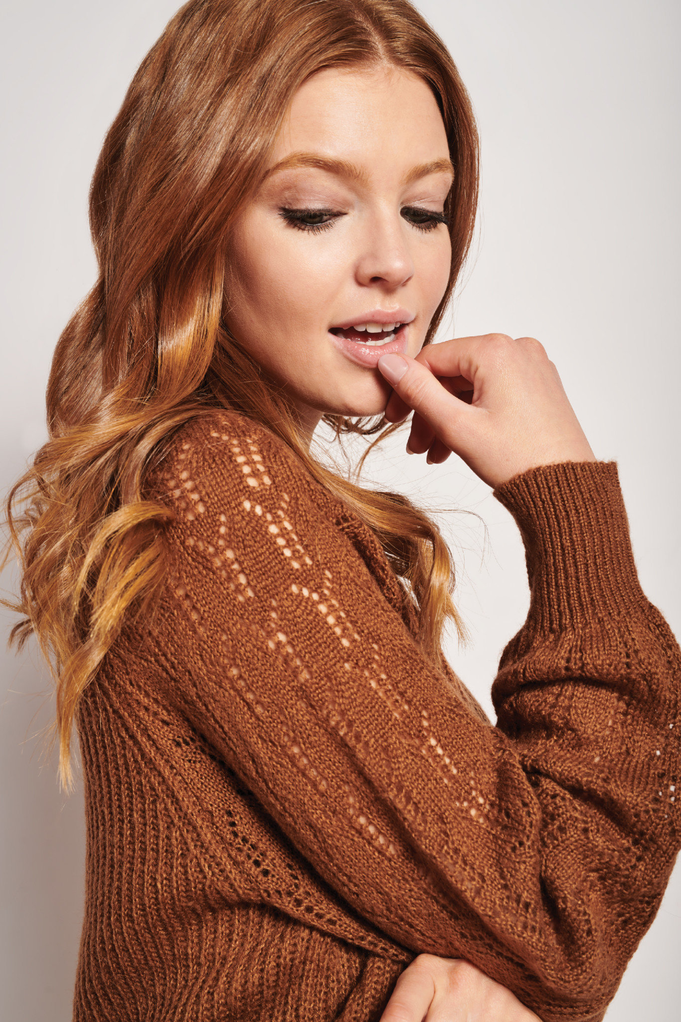 Knit Sweater - Brown