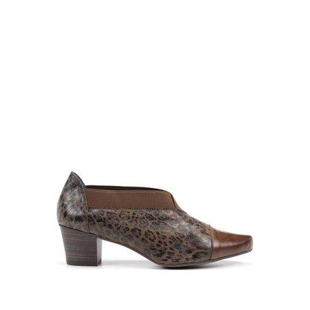 Kali Slip On Shoe - Brown