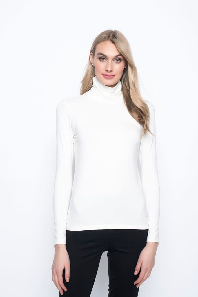 Long Sleeve Turtleneck Top - Off White