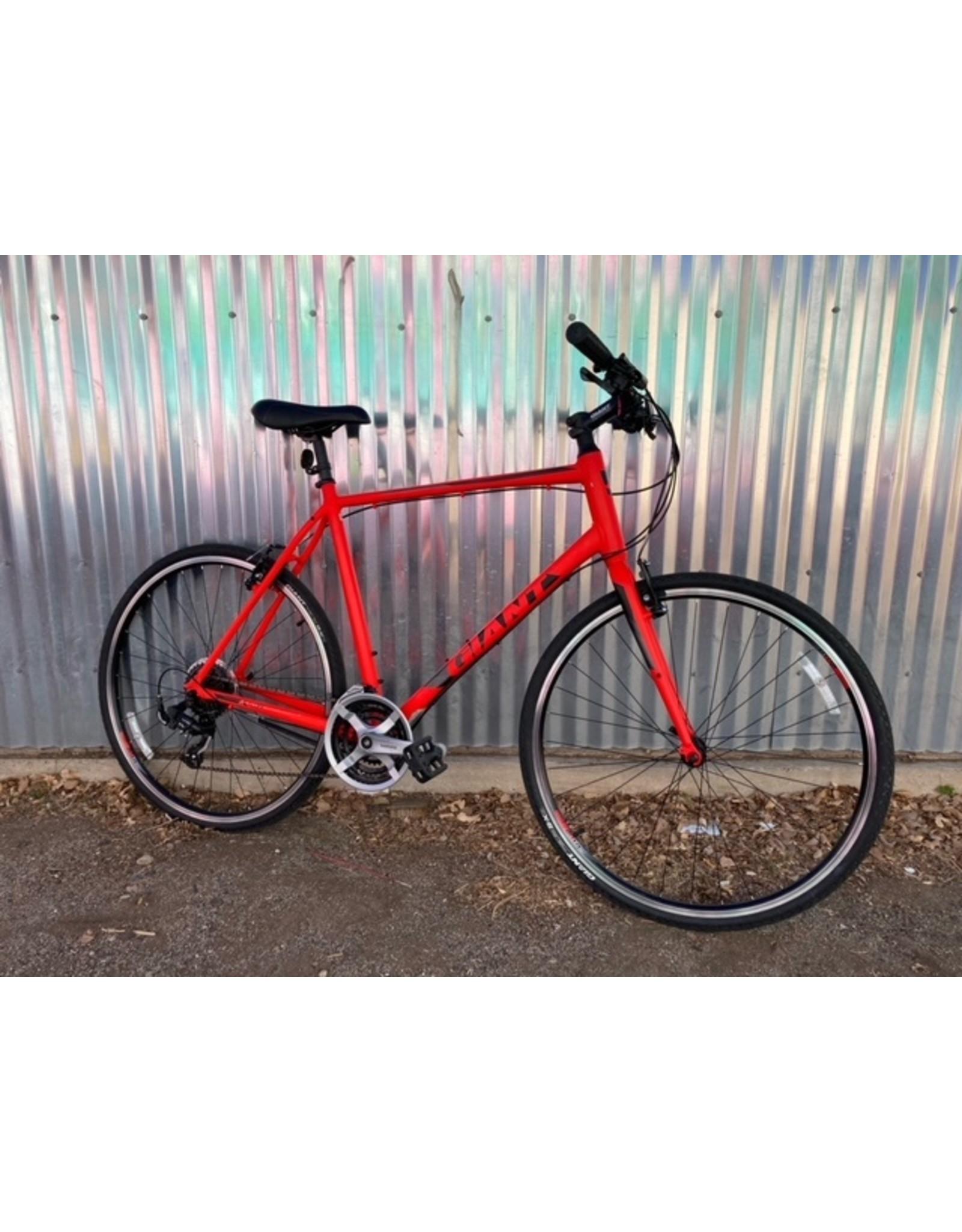 Used Bikes Used Bike 524 - XL Giant Escape