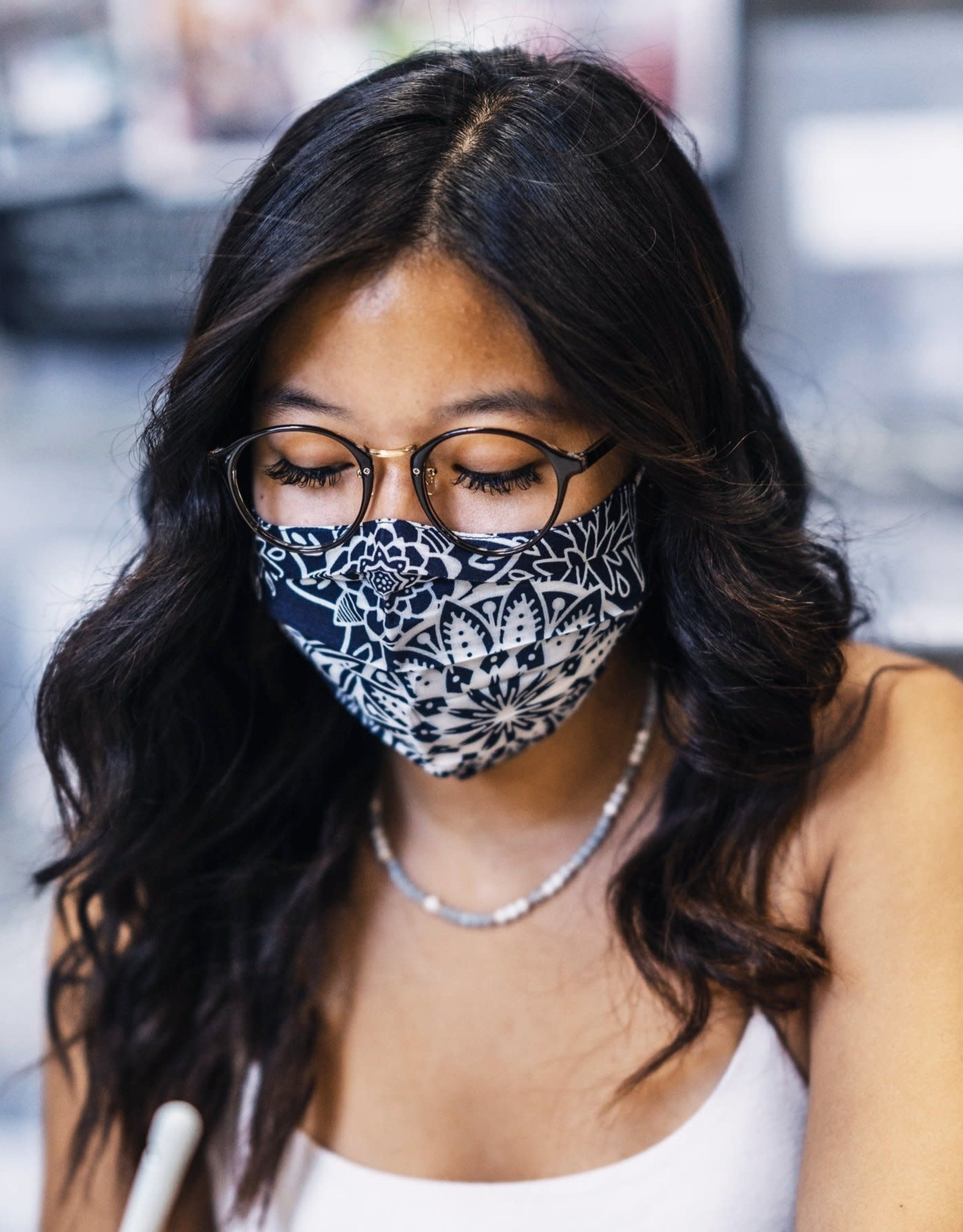 lotus & luna Lotus & Luna | Navy Blue and White Paisley Pleated Face Mask