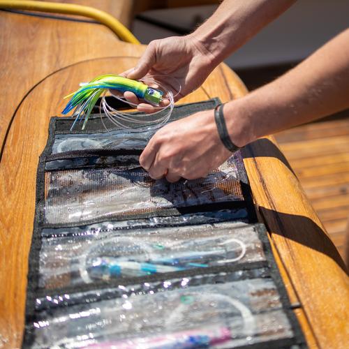 Fathom Offshore LARGE ROLL UP TROLLING LURE BAG (6 POCKET)