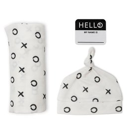 Lulujo Lulujo Hello World Swaddle Blanket & Knotted Hat Set - XO