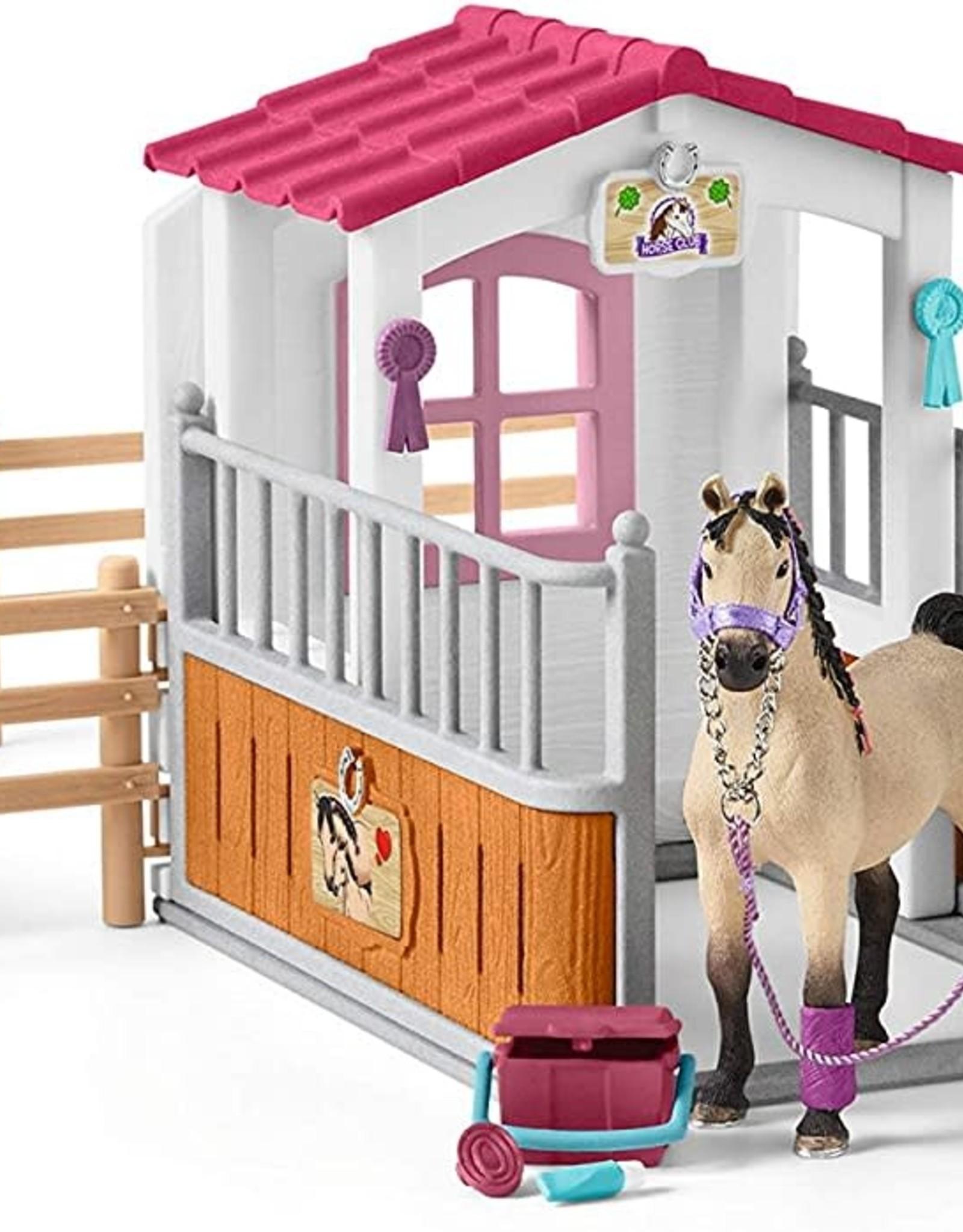 Schleich Schleich Horse Club - Stall with Arab Horses & Groom