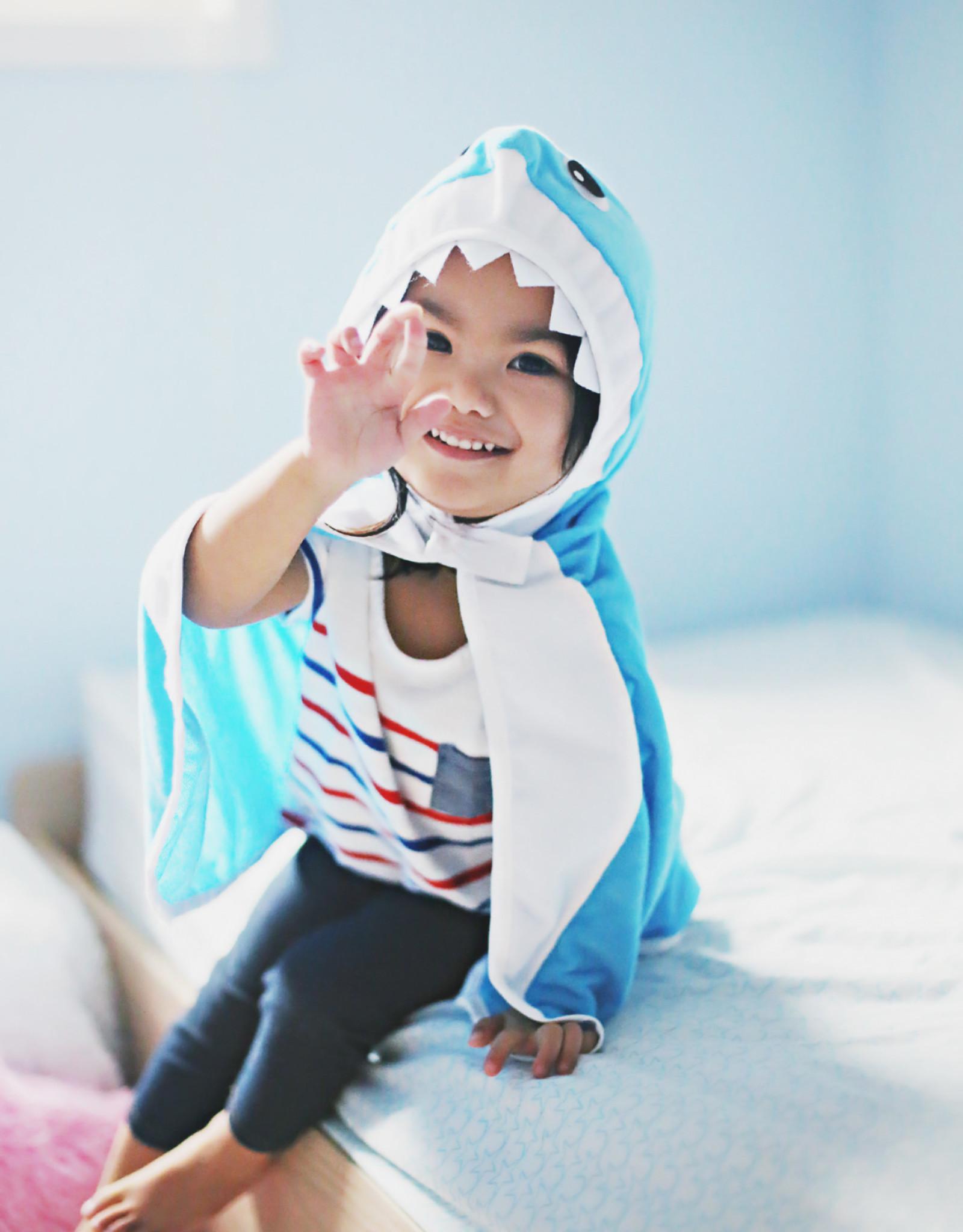 Great Pretenders Toddler Shark Cape, Size 2-3