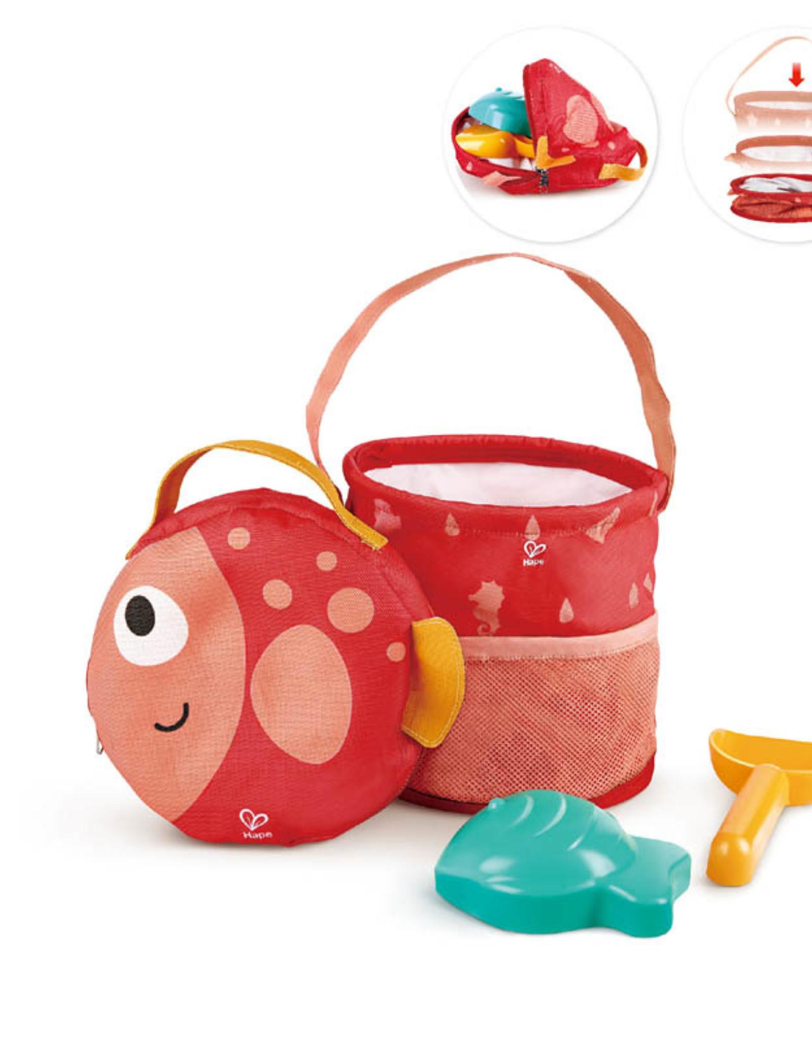 Hape Toys Fold & Go Beach Set