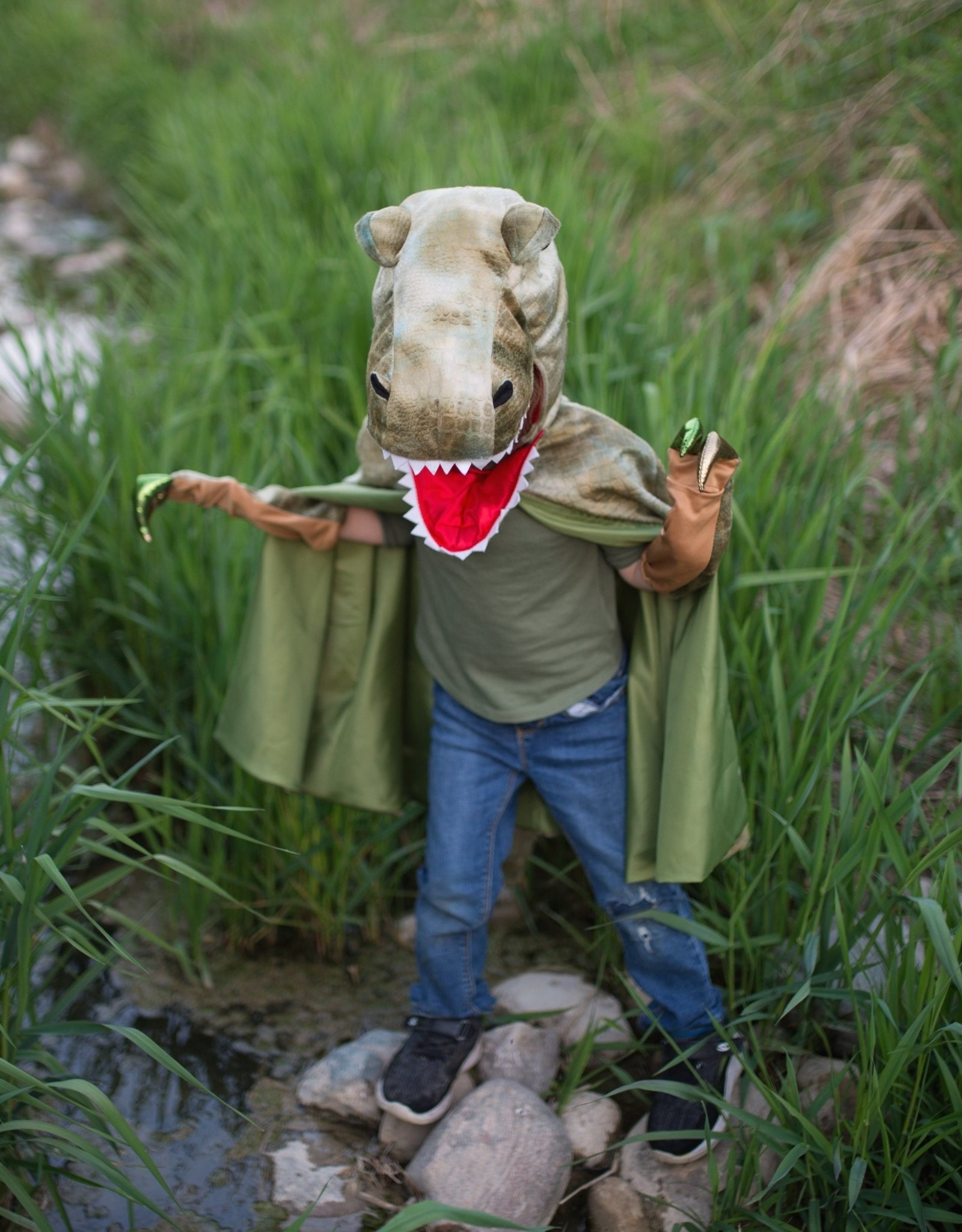 Great Pretenders Grandasaurus T-Rex Cape with Claws