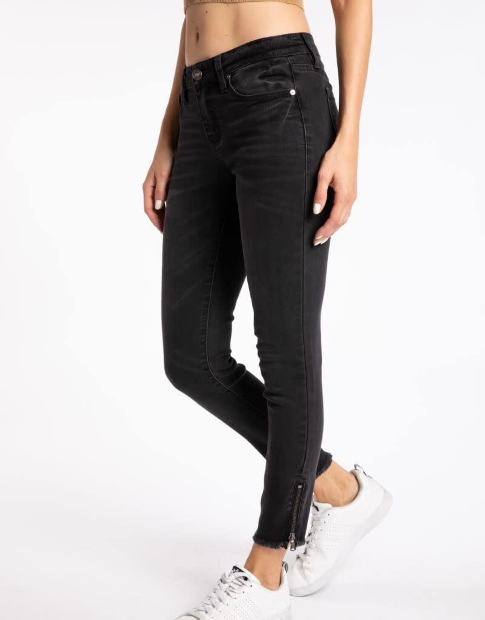 KanCan Mid Rise Black Jean w/Ankle Zipper