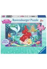 Ravensburger Hugging Arielle (24 pc Floor)