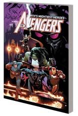 Marvel Comics Avengers by Jason Aaron Vol 03: War of the Vampires TP
