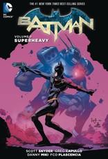 DC Comics Batman (N52) Vol 08 Superheavy