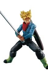 Bandai Dragon Ball Evolve Super Saiyan Trunks 5in Action Figure