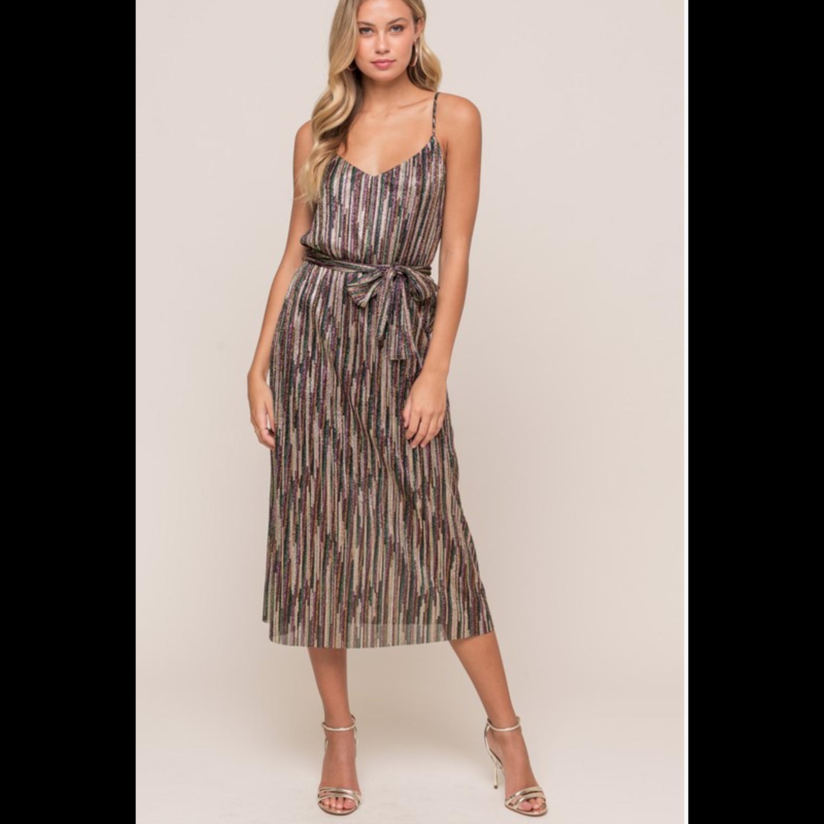 EM & ELLE Metallic Pleated Midi Dress