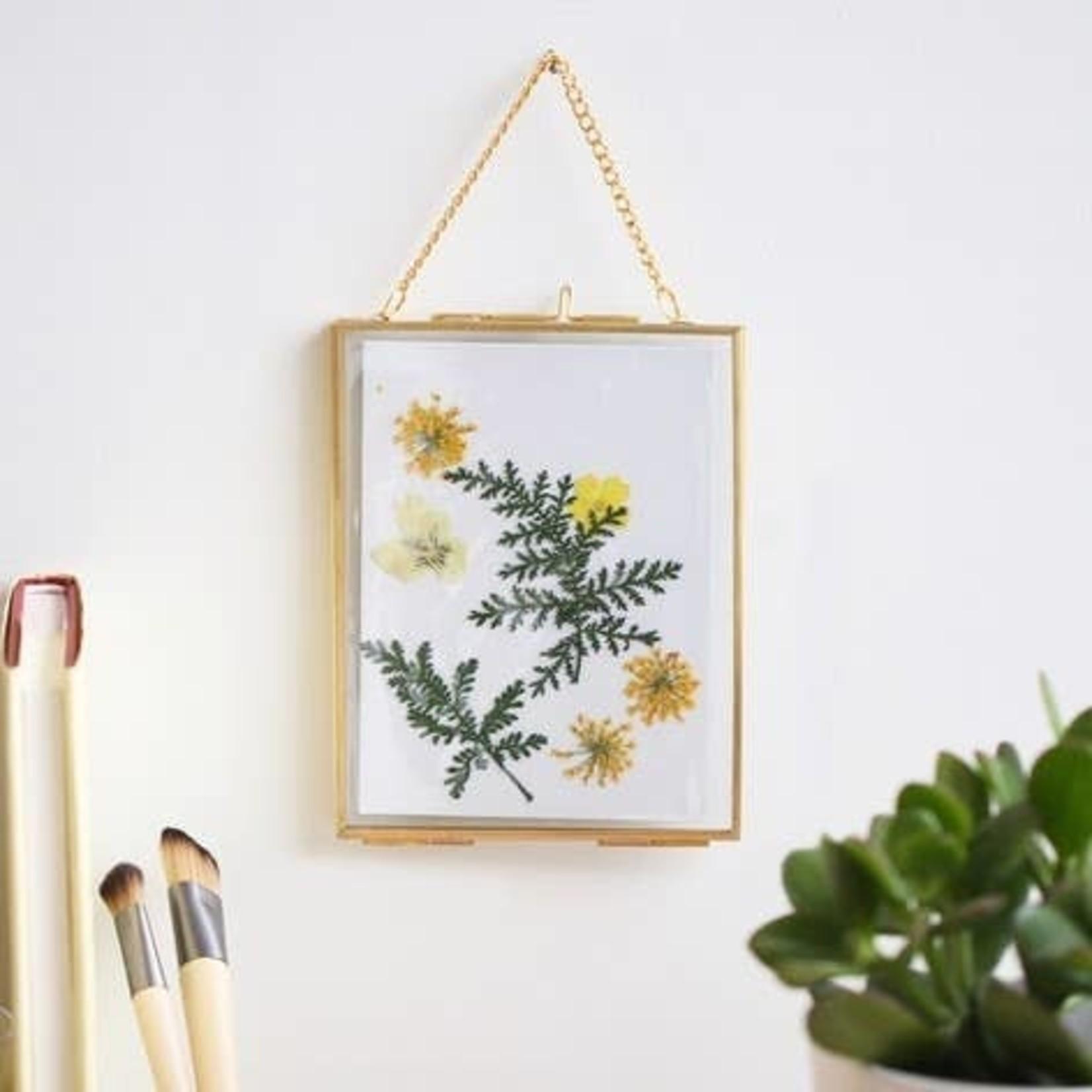 EM & ELLE Dried Flower Hanging Frame