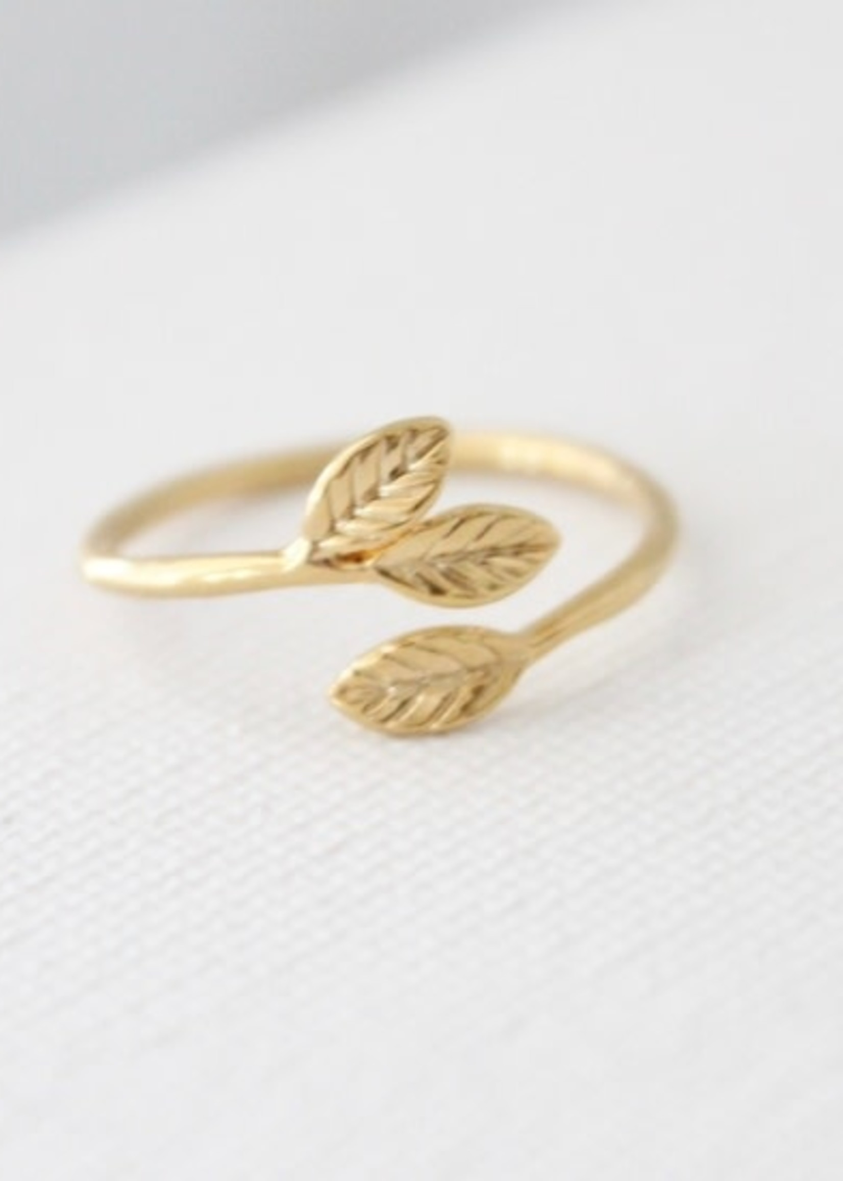 Katie Waltman Jewelry Petite Leaves Ring Gold