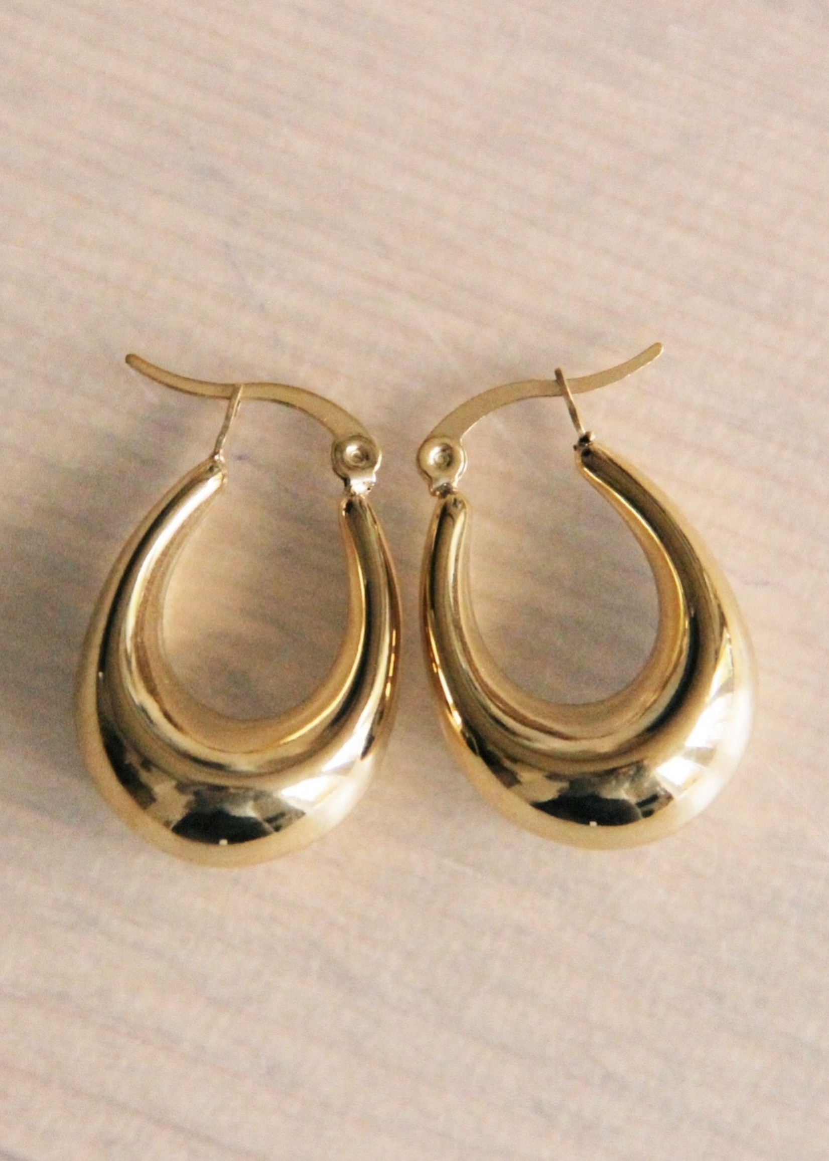 """Stainless Steel Creole 28mm """"Wide Oval"""" - Gold Hoop"""