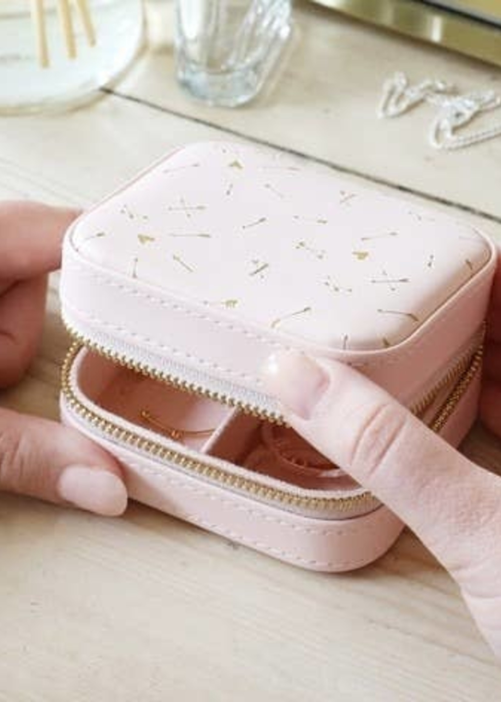 EM & ELLE Pink With Gold Arrows Mini Square Travel Jewelry Case