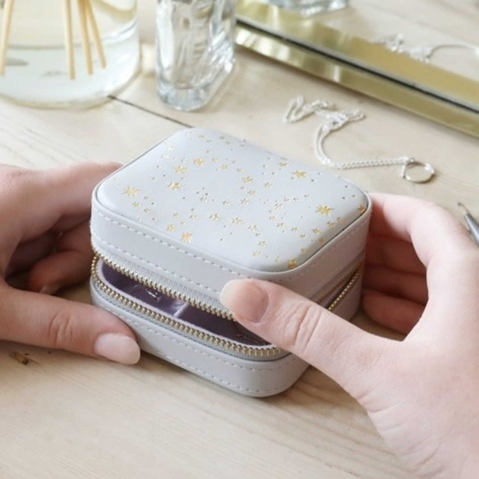 EM & ELLE Grey With Gold Stars Lilac Small Square Travel Jewelry Case