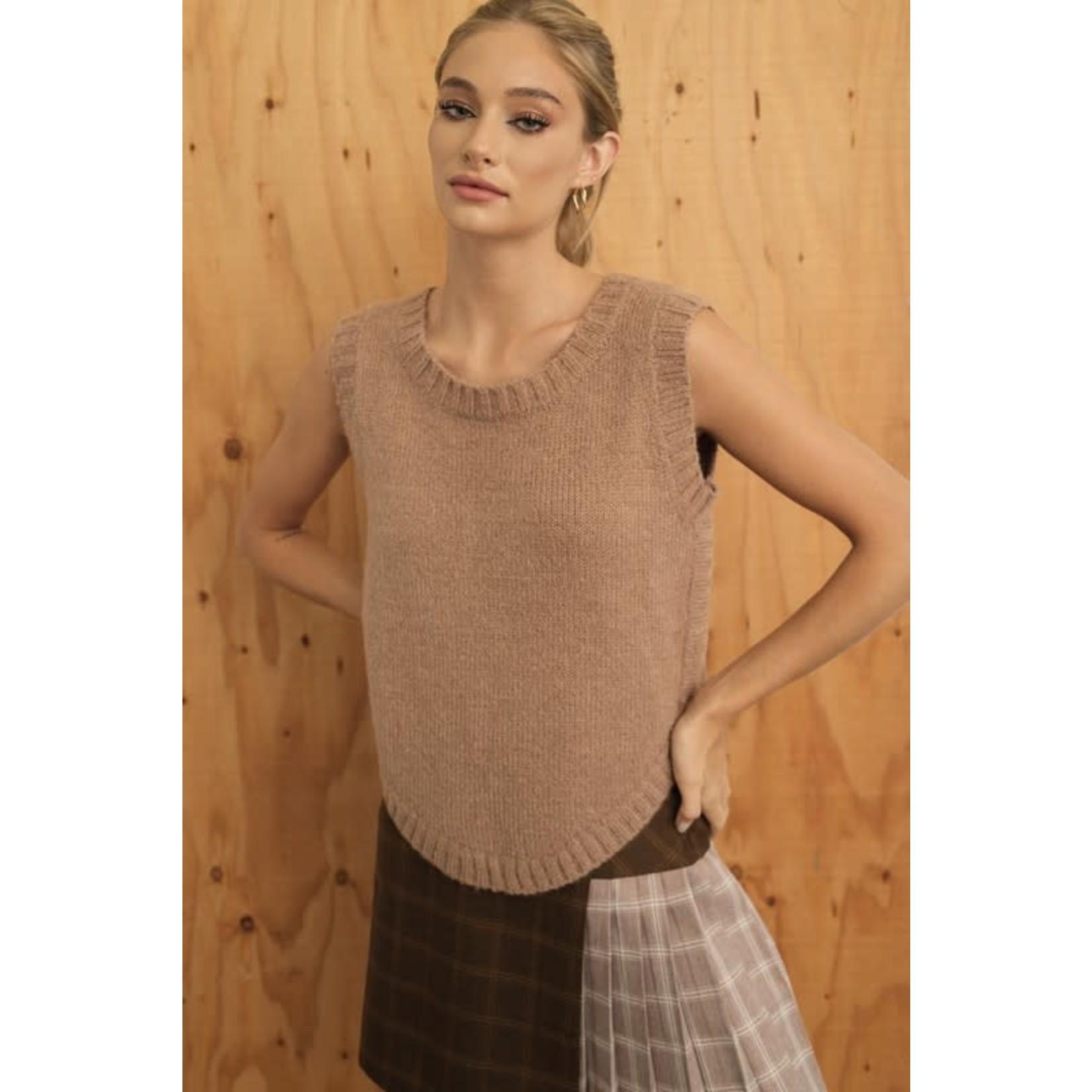 EM & ELLE Baker Round Hem Sweater Top
