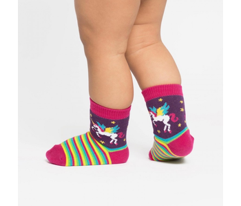 Sock It To Me Toddler: Winging It