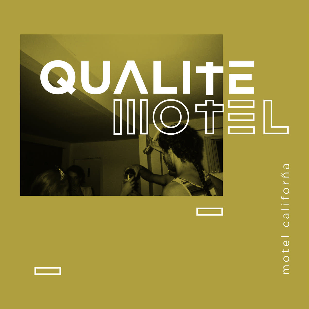 Qualité Motel • Motel Califorña-1
