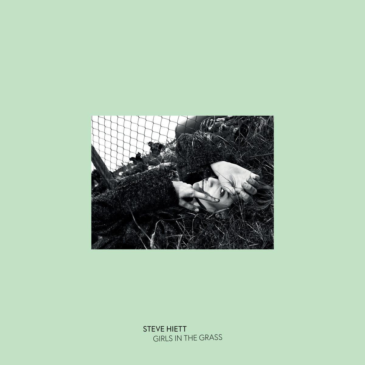 Steve Hiett • Girls In The Grass-1
