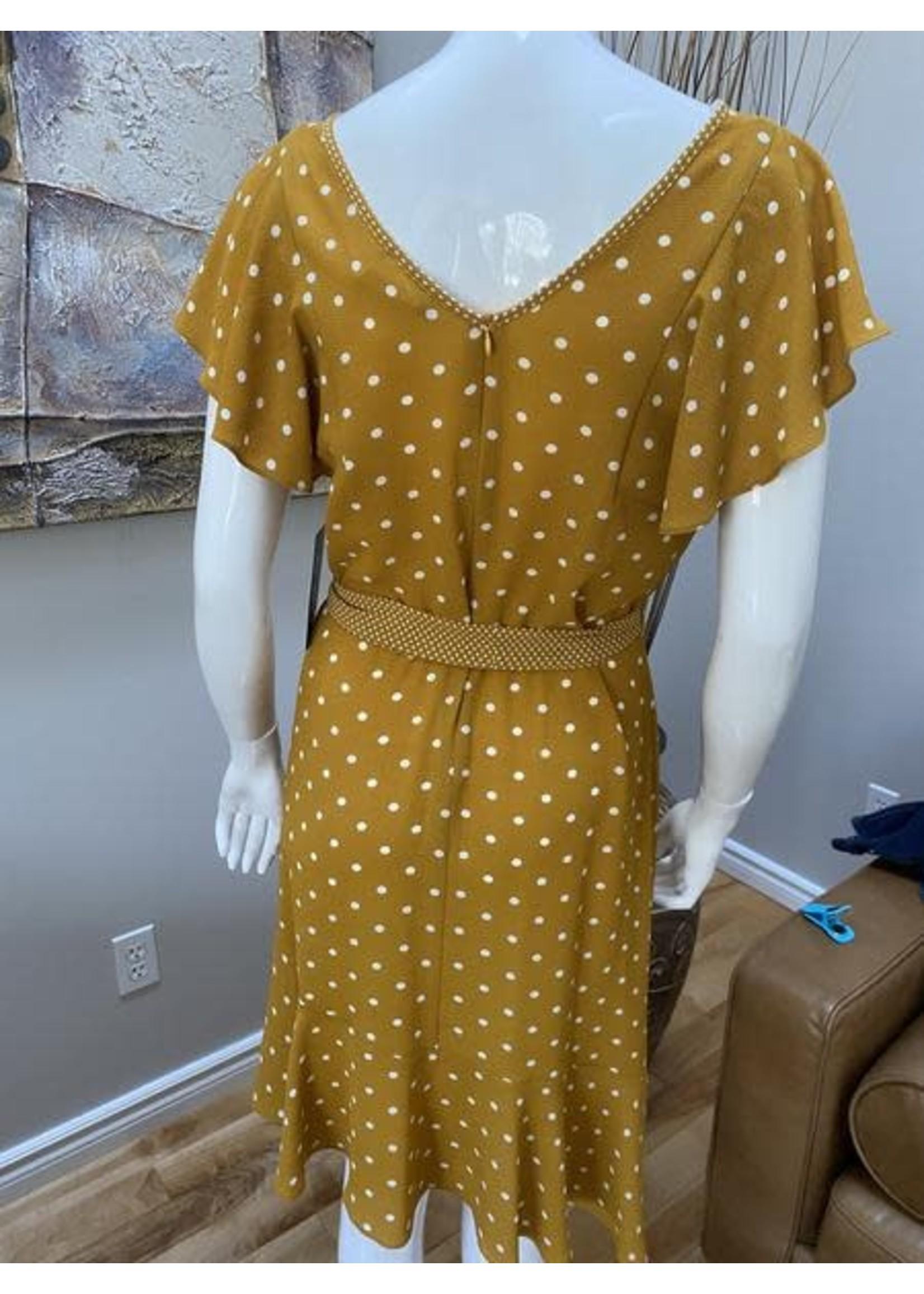 Devia Short Sleeve Dress