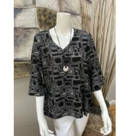 Pure Essence Black & White Top With Necklace
