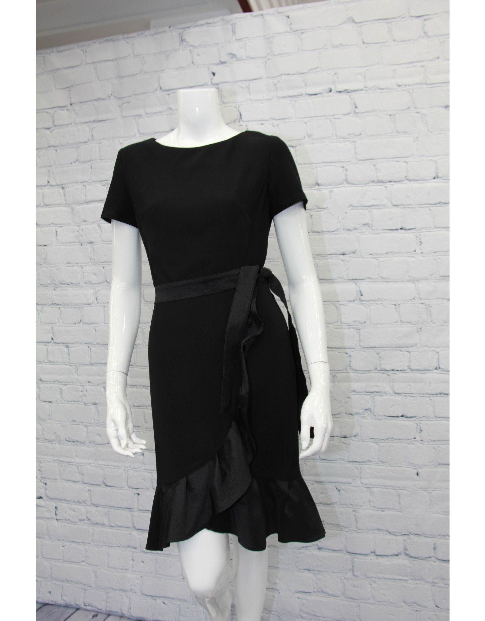 Frank Lyman Frank Lyman Black Dress