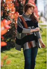 Papillon Color Block Poncho