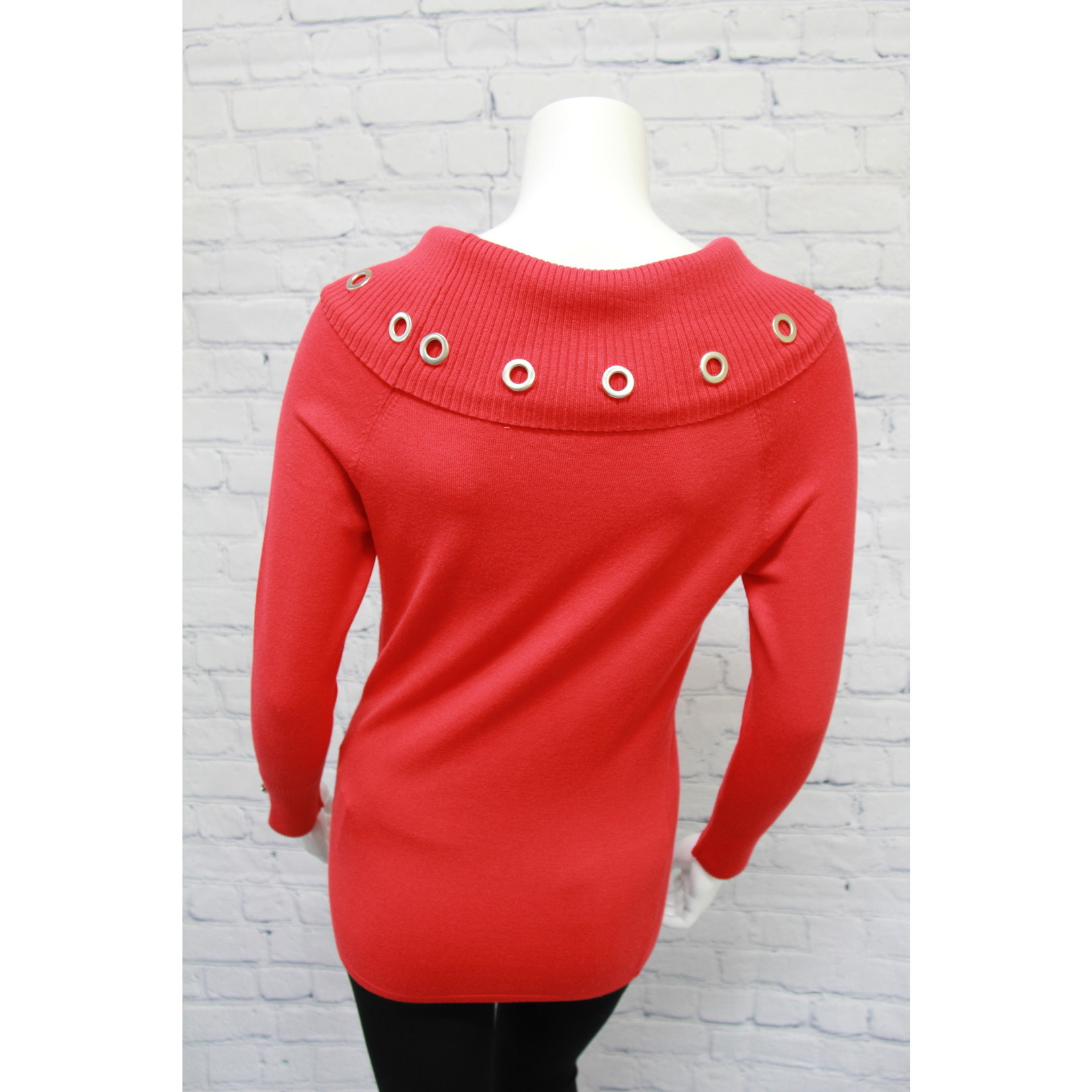 Marble Sweater With Grommets
