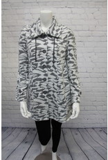 Pure Essence Charcoal/Snow Jacket