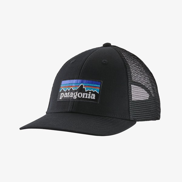 Patagonia P-6 Logo LoPro Trucker Hat.      BLK